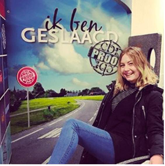 Marianne is geslaagd bij CBR in Rotterdam (Barendrecht)